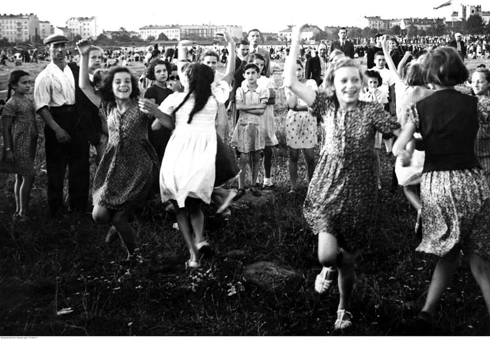 Fotografia z wystawy Odzyskana. Fotoreportaż z Warszawy 1918–1939. Fot. NAC