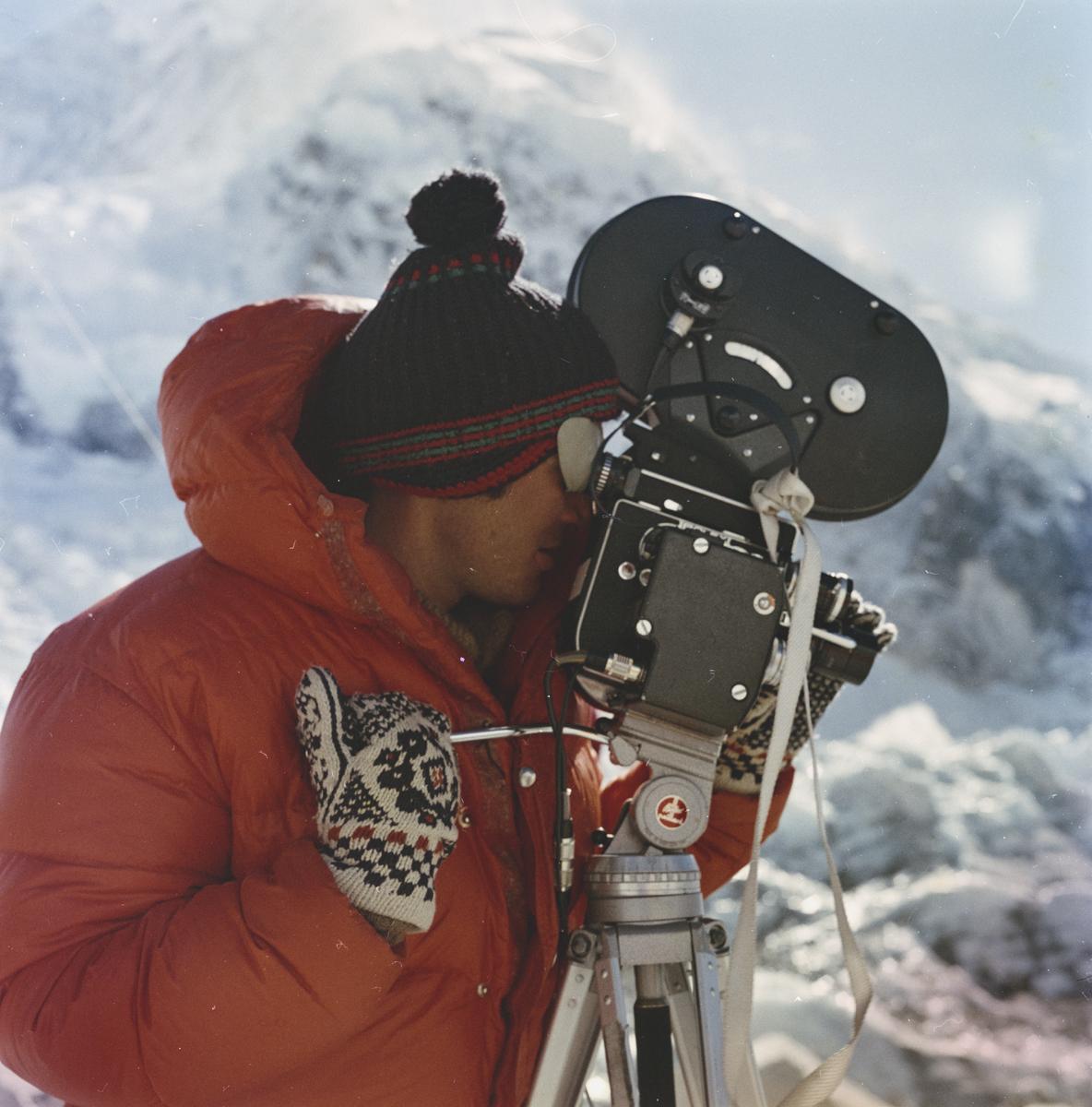 Stanisław Latałło w trakcie wyprawy na Lhotse, 1974. Fot. Mirek Wiśniewski