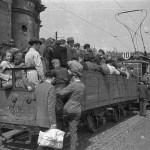 Warszawa, czerwiec 1948. Fot. PAP/ Stanisław Dąbrowiecki