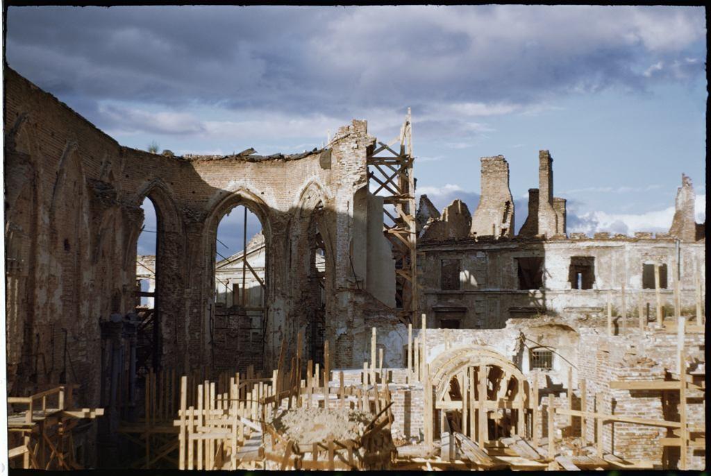 Warszawa, ruiny katedry św. Jana