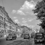 Warszawa, 1953. Krakowskie Przedmieście. Fot. Zbyszko Siemaszko/FORUM