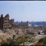 Szczecin, na pierwszym planie ruiny OttoSchule (szkoły im. Ottona)